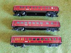 Märklin H0 - 346/2/346/3 - 3 carriages of the DSG, including one with lighting