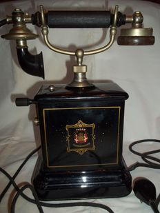JYDSK - Danish telephone from 1904 - In very good condition.