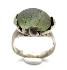 Saxon Era Silver Ring with Pale Green Stone - 17mm