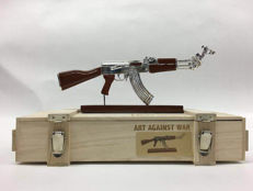 Ray Coster - Art against war / AK 47 Peace