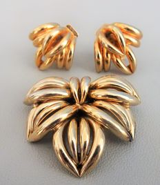 Signed NAPIER - Very Chic/Classical Demi Parure -  Earrings and Brooch