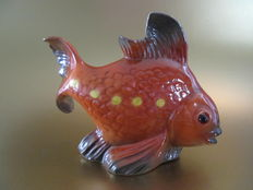 Porcelain perfume lamp in the shape of a nice goldfish!