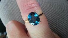 Rare Brazilian 4.51ct Marambaia London Blue Topaz Coctail ring