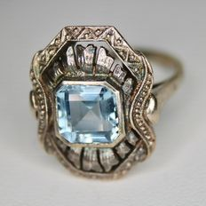 ca. 1920/40 Silver ring with light blue Aquamarine. Handcrafted