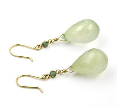"Earrings in yellow gold with lemon quartz and round cut emerald ""NO RESERVE PRICE"""