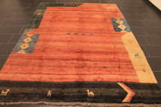 Wonderful Persian carpet, Gabbeh wool on wool, Nomad work, made in India, natural colours 210 x 290 cm, very good condition