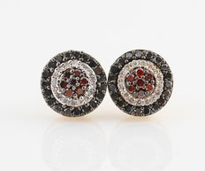 14kt gold diamond earrings total approx. 0.50 ct