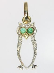 Symbolic Antique bicolour gold diamond and emerald 'owl' pendant - anno 1920