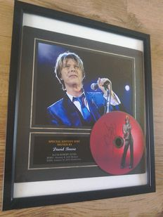 David Bowie Framed Cd signed ( printed )  Display.