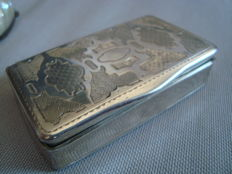 Silver box chiselled with geometric decors - France - hallmark 19th