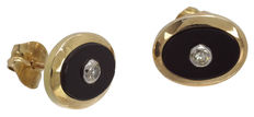 Yellow gold (18 kt) earrings with onyx and diamonds