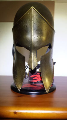 Spartan helmet from the movie 300. Vertificate of authenticity