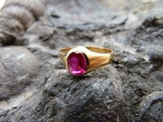 Ring for a girl, in 18 kt gold