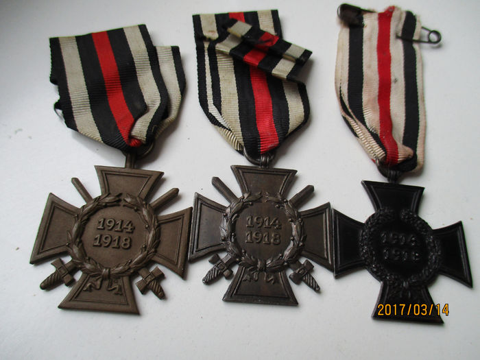 Lot of 3 Honour Crosses of the 1st World War