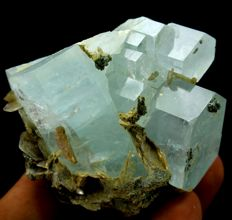 Terminated Aquamarine Crystal Cluster with Muscovite Mica - 52 x 55 x 35 mm - 95gm