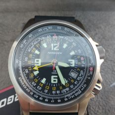 Torgoen T6 flightcomputer Pilot men´s wristwatch