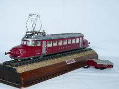 Märklin H0 - 33865 - Electric train unit RBe 2/4 'Rode Pijl' of the SBB CFF, with uni-axial ski carriage