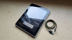 Apple iPad 1, 64GB with 3G! with chargercable
