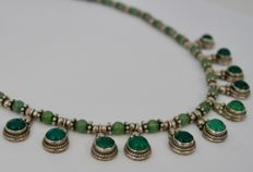 Necklace in jadeite and 925 silver, hallmarks on all parts, circa 1950