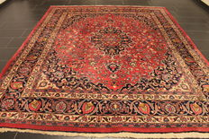 Antique hand-knotted Art Nouveau Persian palace rug, Mashhad,253 x 300 cm, made in Iran, signed by the knotter.