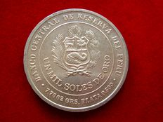 Peruvian Republic - 1,000 silver sols, 1979. Centennial of the Battle of La Brena.