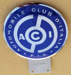 Grille-Badge, enamel and chrome plating - Automobile Club D'Italia - F.I.A. - 2nd half of the 20th Century