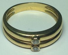 Gold ring with diamonds # No reserve #