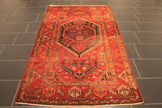 Antique high quality handwoven Persian carpet, Ziegler Malayer, made in Iran circa 1930, plant dyes, 125 x 220 cm