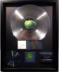 The Beatles - The Beatles ( White Album ) - US RIAA Platinum Music Award ( goldene Schallplatte)  - original Sales Music Record Award ( Golden Record )