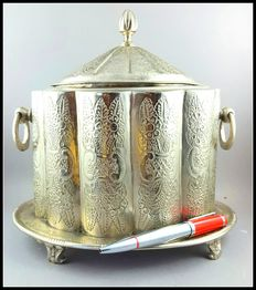 Large antique silver tea box - tea Caddy boxes - silver plated
