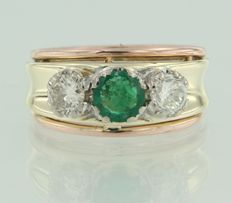 Three colour gold ring of 14 kt set with brilliant cut emerald and diamond ***No Reserve Price***