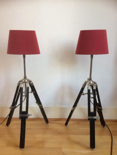 Two adjustable lamps with industrial tripod