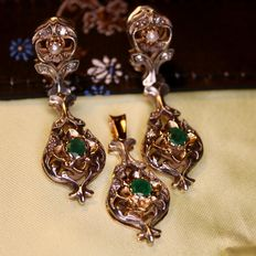 Exclusive set: 2 earrings + pendant with natural Emeralds, rose-cut diamonds and small natural pearls about 1930-1940. Very good state.