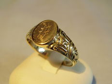 Victorian gold monogram ring