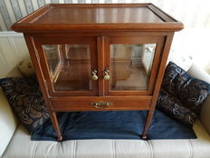 Oak wooden tea cabinet with cut panes and loose tray - the Netherlands - ca. 1915