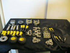Assorted - Lego Technic parts