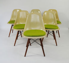 Charles & Ray Eames for Herman Miller - Set of 6 DSW chairs