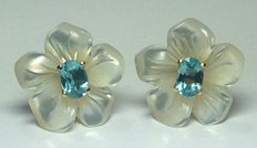 Gold earrings with mother of pearl and topaz