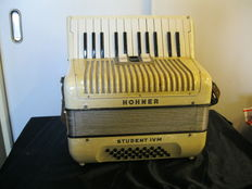 Accordion Hohner Student IVM