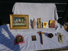 Lot of 10 older religious items.