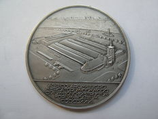 Designer unknown - Silver cattle-market medal, issued by 's-Hertogenbosch