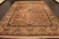 Oriental carpet Indo Sarough 252 x 350 cm, made in India, end of the last century