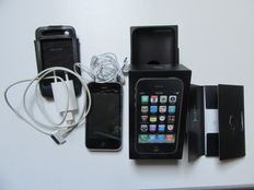 Apple iPhone 3GS 16GB including accessoiries