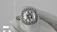 2.20 round diamond ring made of 14 kt white gold - size 8
