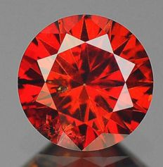 3 red diamonds total of 0.54 ct