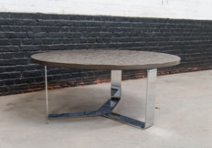 """Peter Draenert – """"1062 Primus"""" coffee table from oil shale with fossil"""