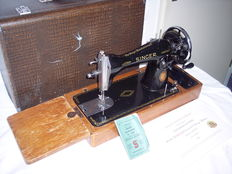 Hand sewing machine Singer 15K, with wooden case, 1953