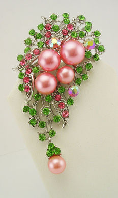 Signed NOLAN MILLER - Huge Pendant/Brooch on necklace faux pink pearls and crystals