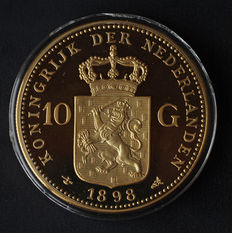"Nederland - Penning ""10 gulden 1898 Wilhelmina"" in groot formaat"