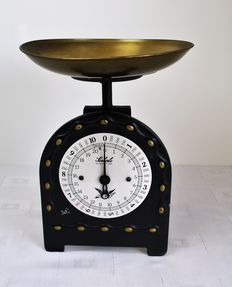 Old Soehnle kitchen weighing scale up to 10 kg - metal copper